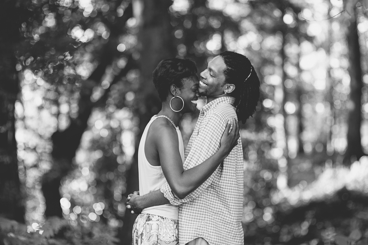 3 Hampton-Roads-Couples-Photographer_01.JPG
