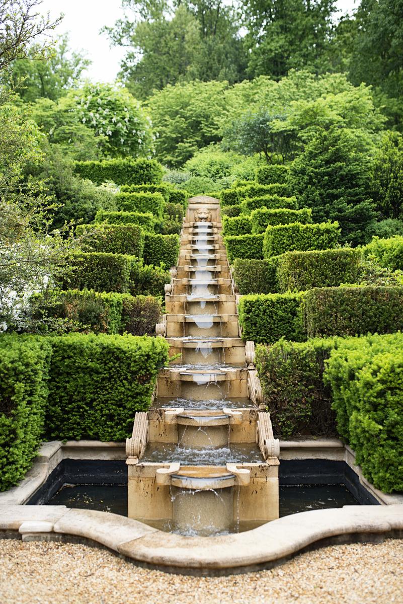 Albemarle Estate at Trump Winery Wedding   Waterfall Fountain