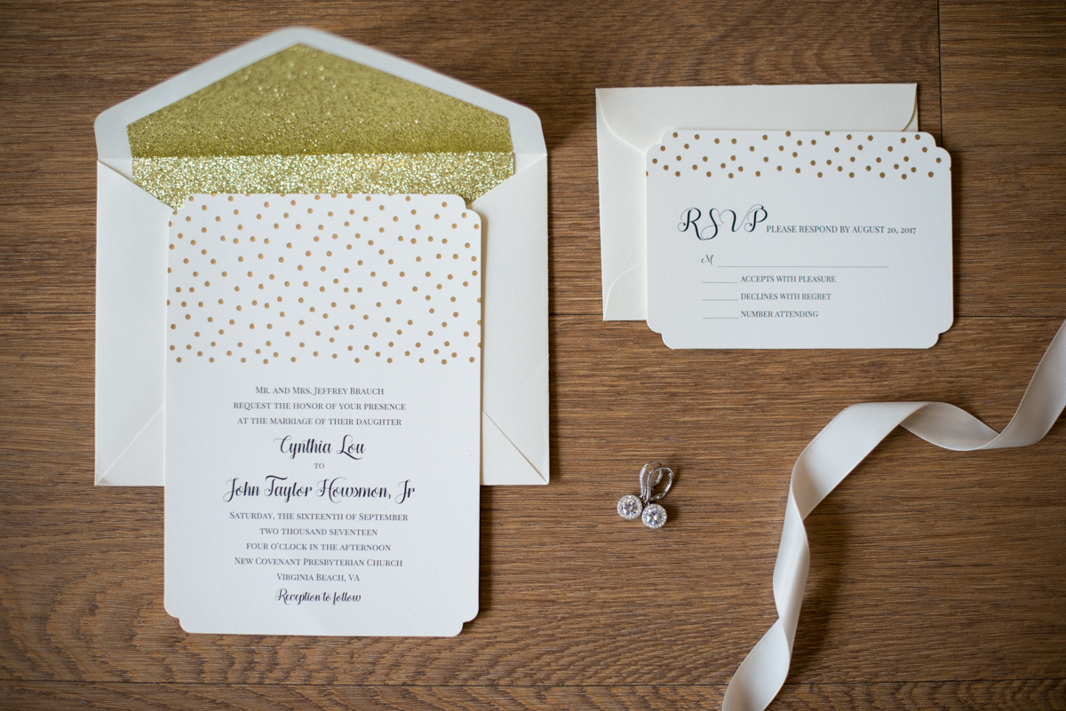Sparkly Gold and White Fall Wedding | Gold and White Wedding Invitations