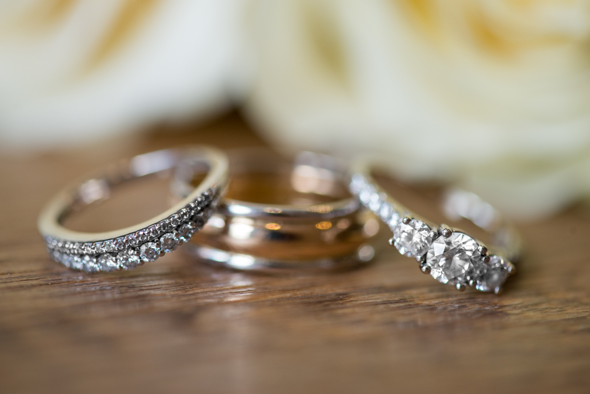 Sparkly Gold and White Fall Wedding | White Rose Ring Shot