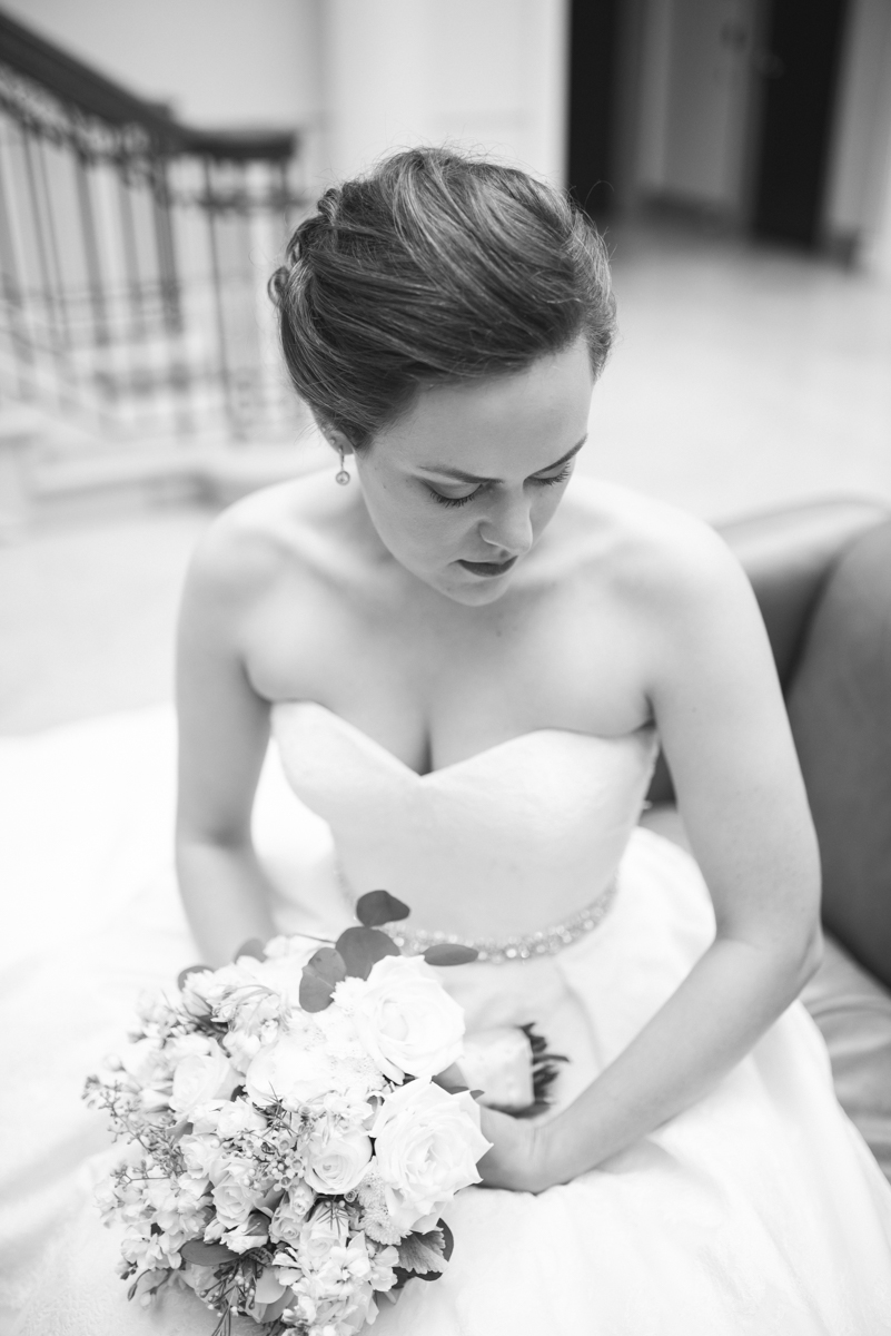 Sparkly Gold and White Fall Wedding | Bridal Portrait
