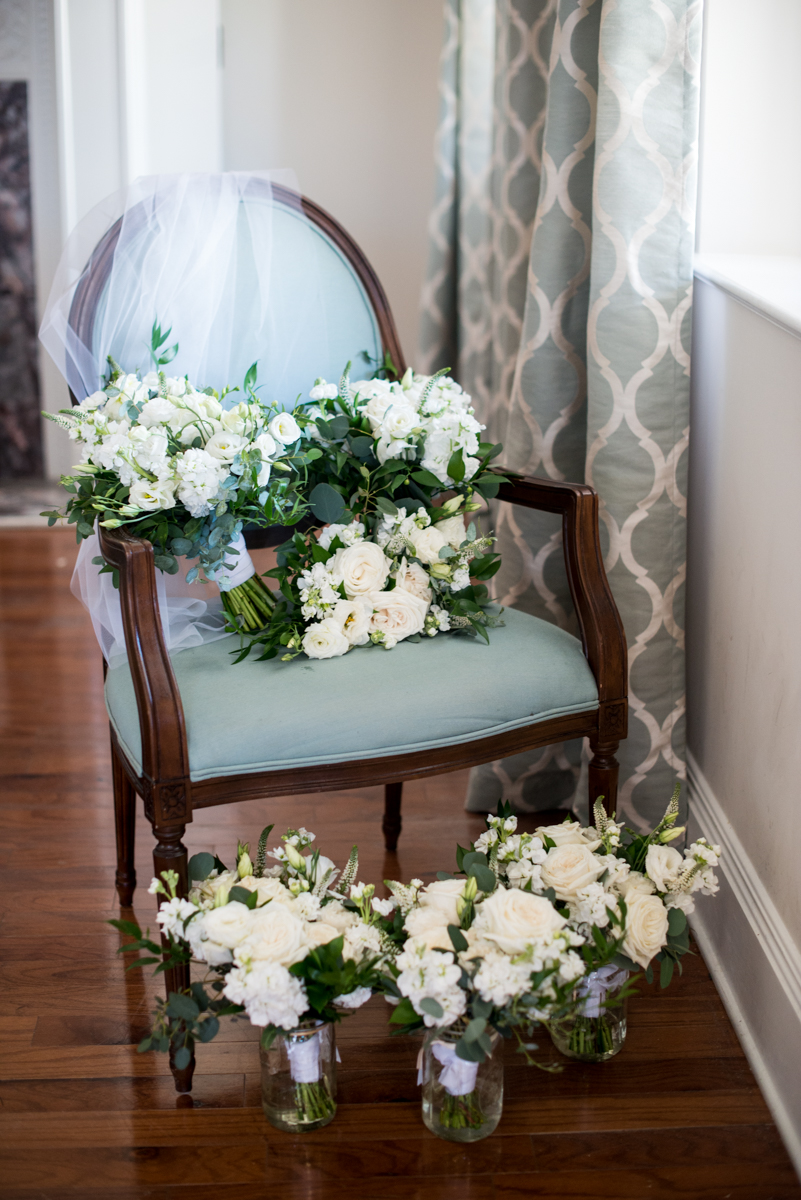 Minimalist White and Green Summer Wedding | Lush White and Green Bridal Bouquets
