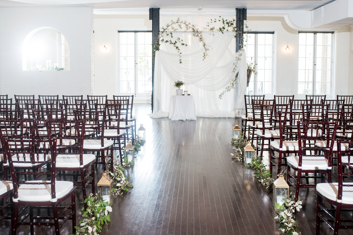 Minimalist White and Green Summer Wedding | White Indoor Wedding Ceremony