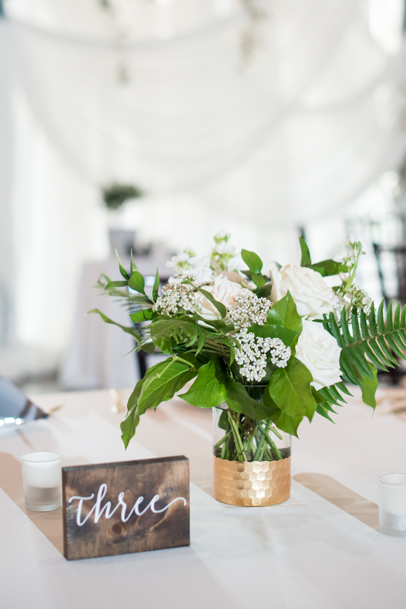 Minimalist White and Green Summer Wedding | White and Green Floral Centerpiece