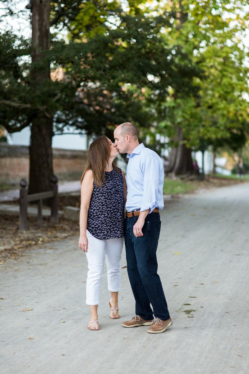 Fall Couples Posing Ideas