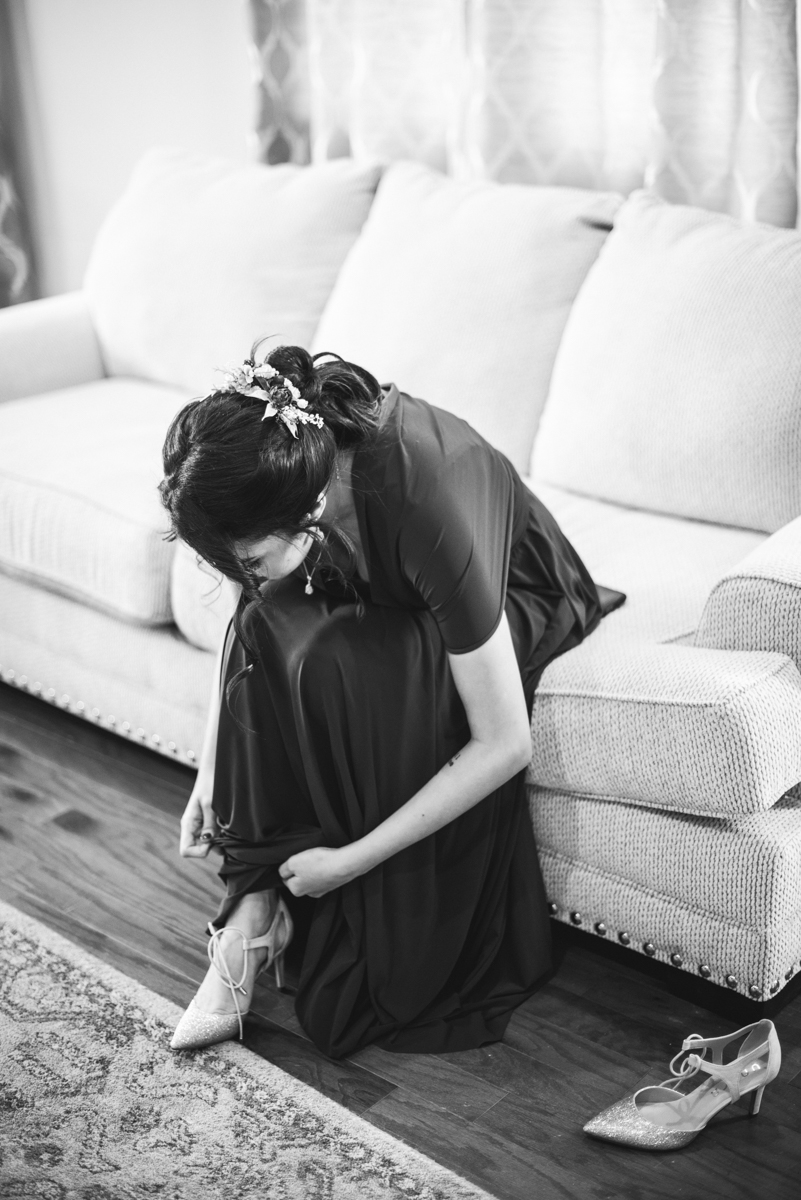 Lush Winter Wedding with Red and Gray | Bridesmaid getting ready