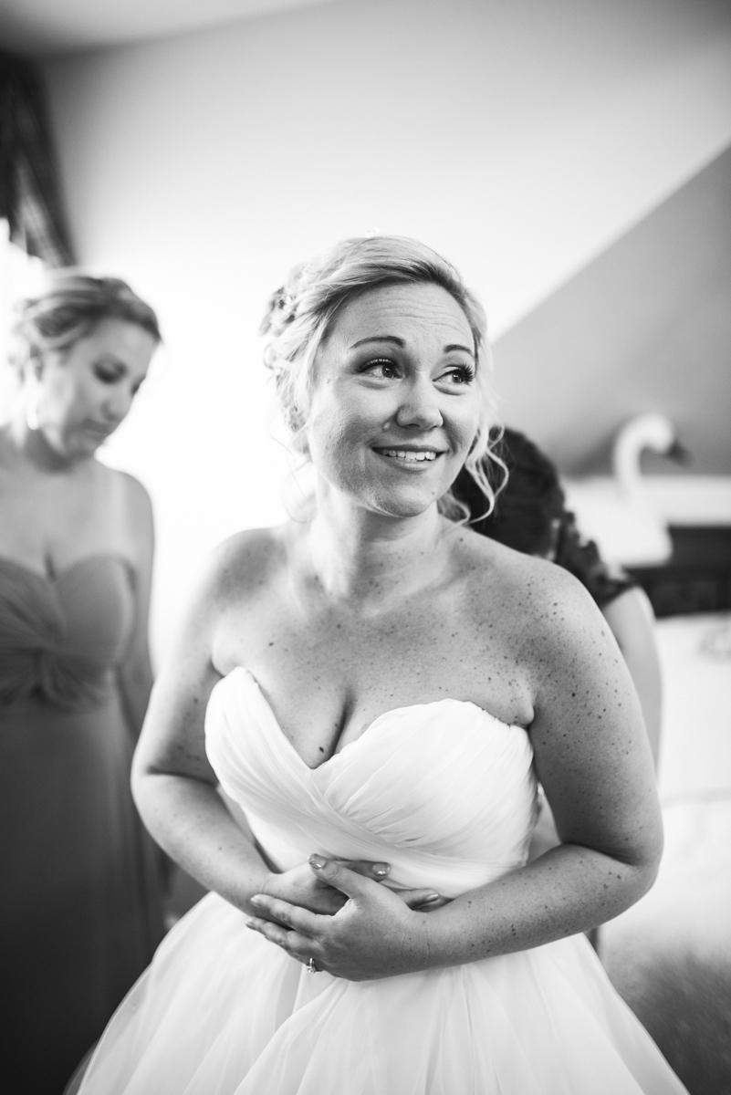 Elegant Summer Wedding in Smithfield, Virginia | Bride getting ready