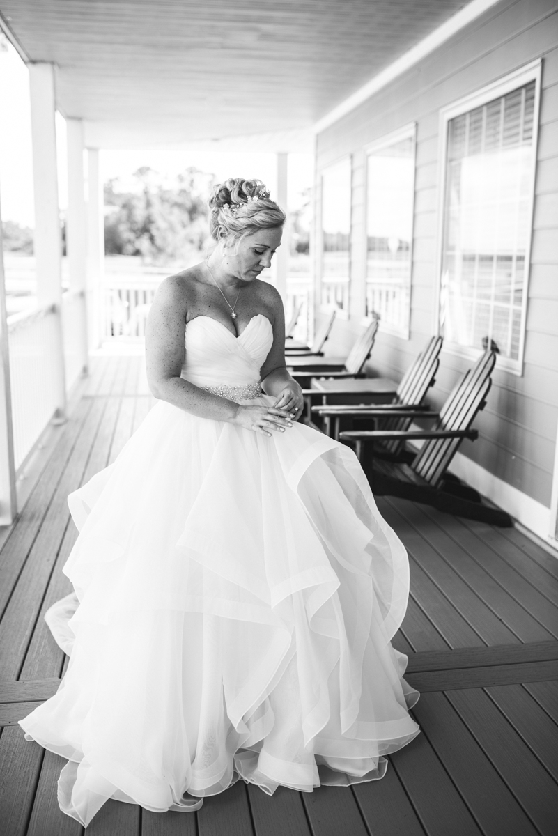 Elegant Summer Wedding in Smithfield, Virginia | Bridal portait