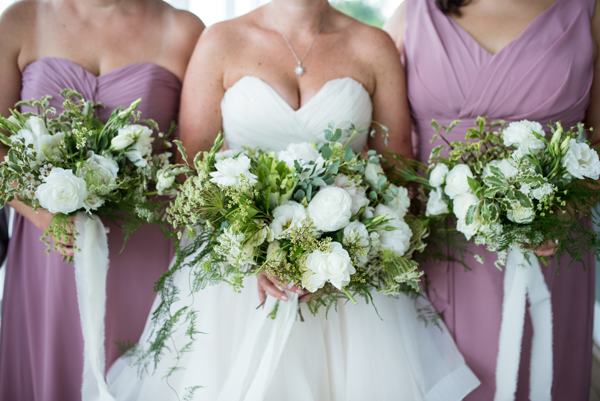 Elegant Summer Wedding in Smithfield, Virginia | White and Green bouquets