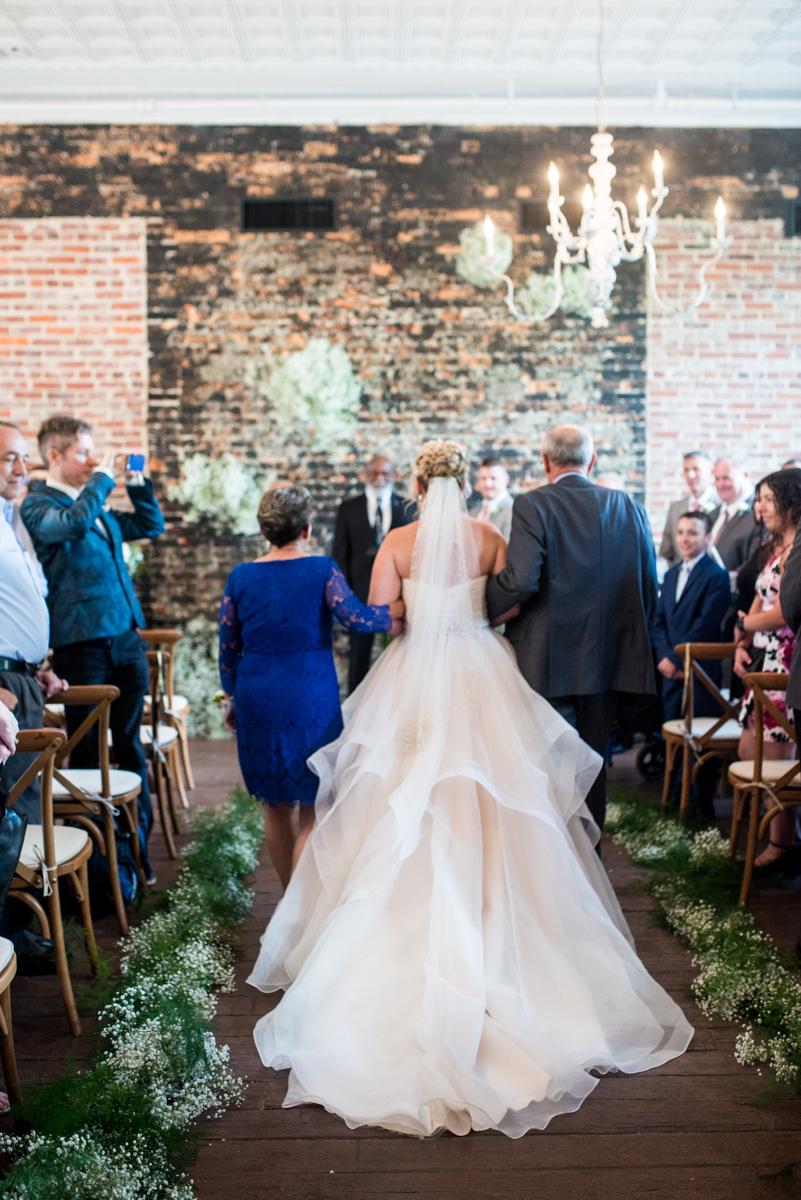 Elegant Summer Wedding in Smithfield, Virginia | Wedding ceremony