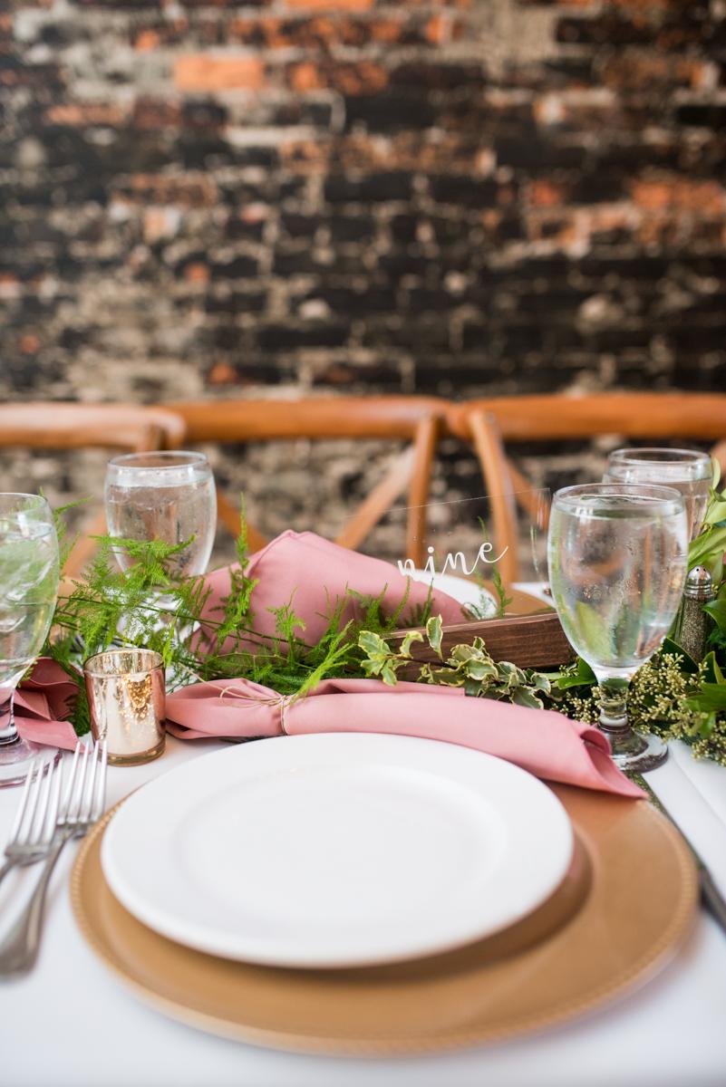 Elegant Summer Wedding in Smithfield, Virginia | Gold, pink, and green wedding reception