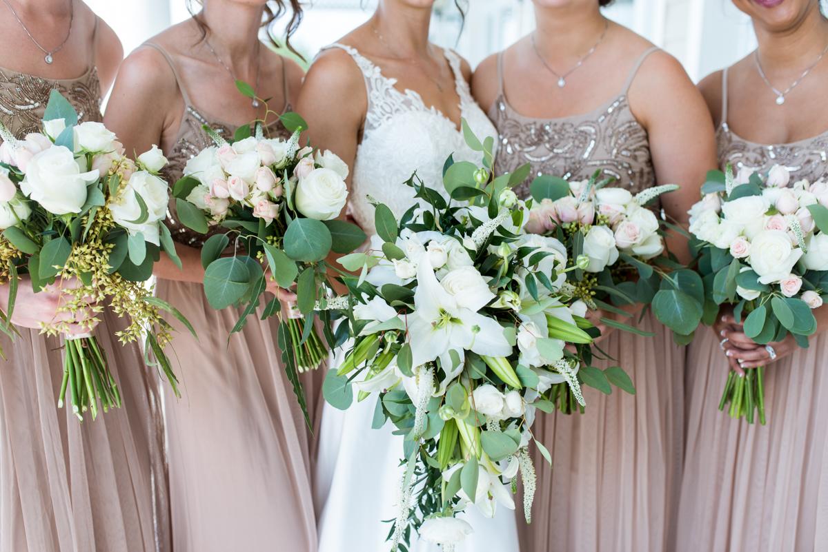 Jewish Summer Wedding in Williamsburg | White, blush, and green cascading bouquets