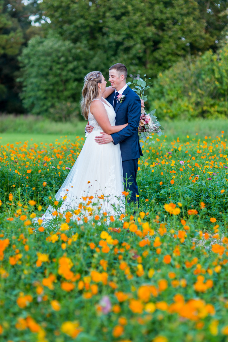 Bright Fall DIY Wedding | Bride and groom pictures