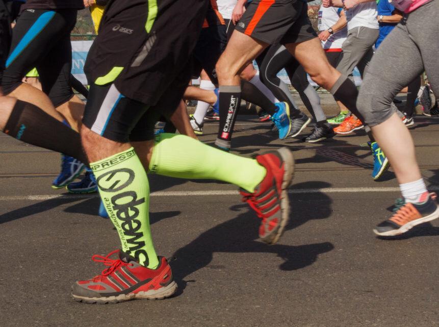 runners-on-the-marathon-861x641.jpg