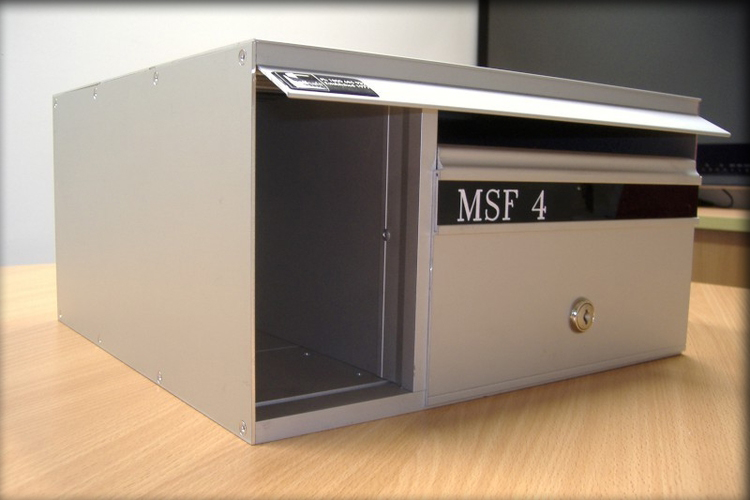 The MSF4 mailboxes are part of our standard MSF range but with an individual Newspaper Shelf to each mailbox for bulky items.