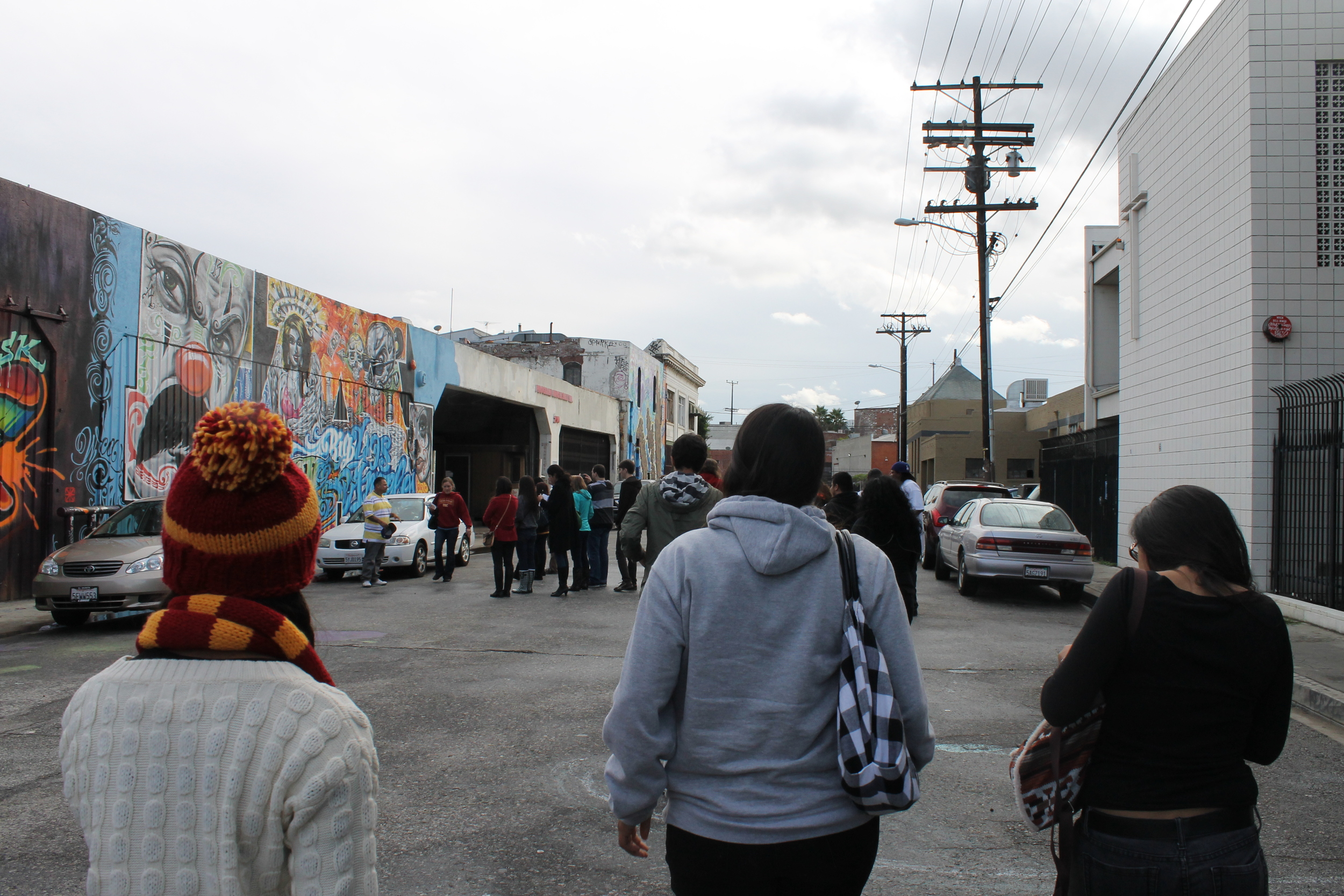 "LA Gang Tours: ""Nobody can change the hood but the hood"""