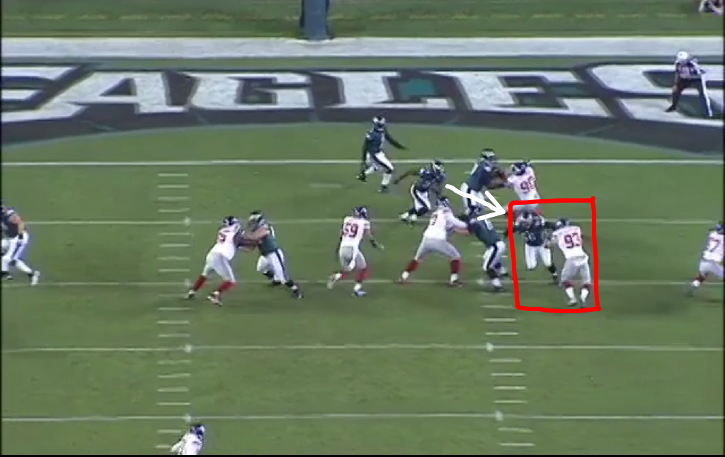 Reynolds, pulling, whiffs on Chase Blackburn. Bell also can't sustain block on JPP.