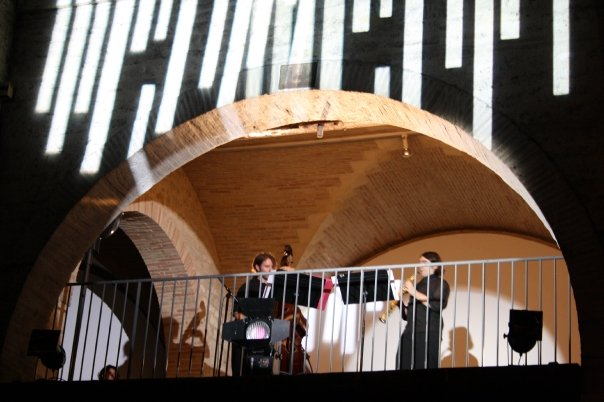Performing at the Centre for Contemporary Art in Bordeaux