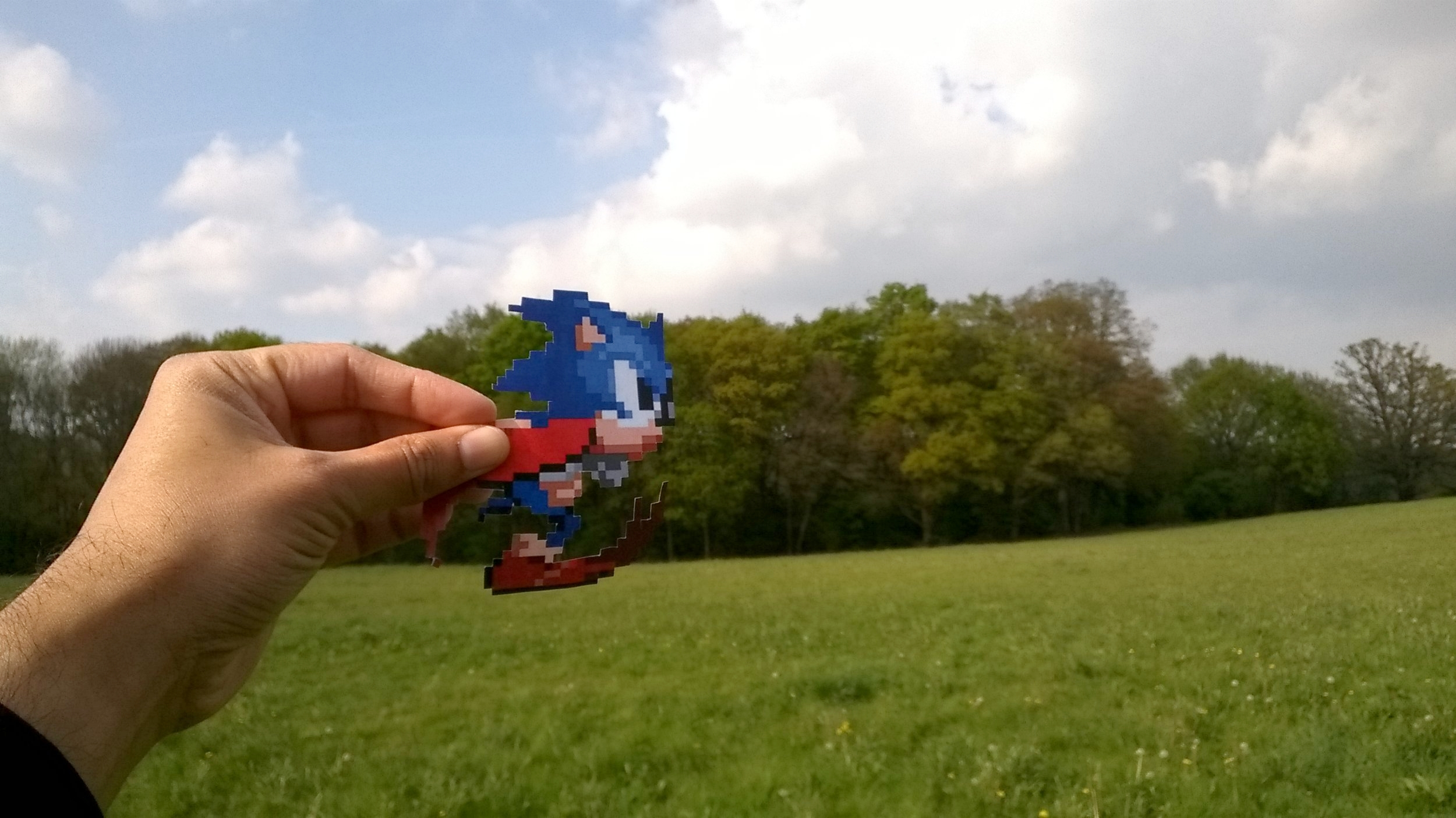 Sonic the Hedgehog Papercut