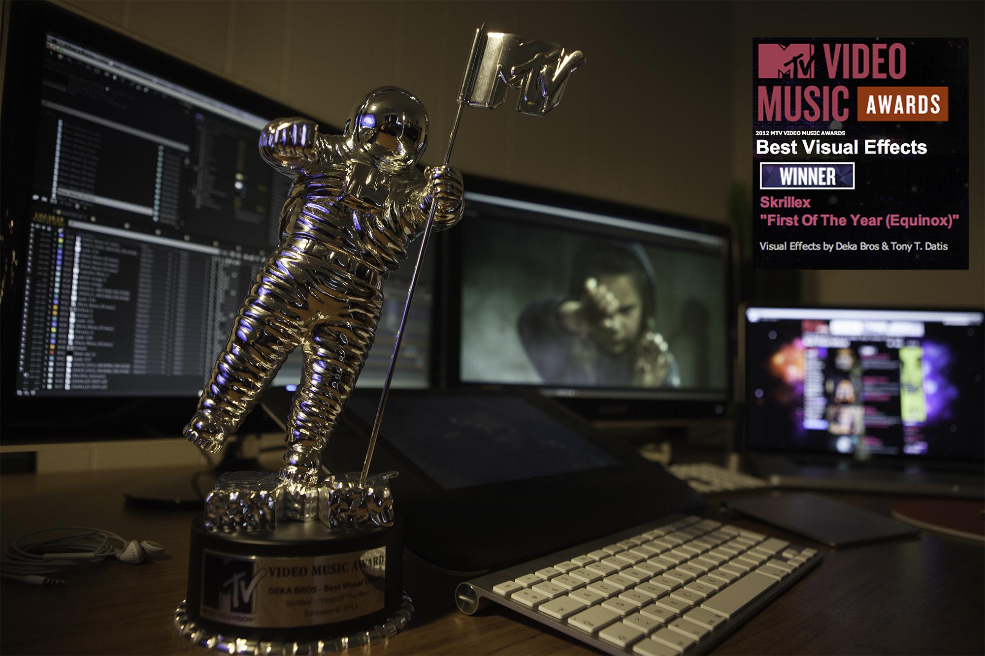 MTV VMA 2012 - Best Visual Effects - Winner Deka Bros & Tony T. Datis