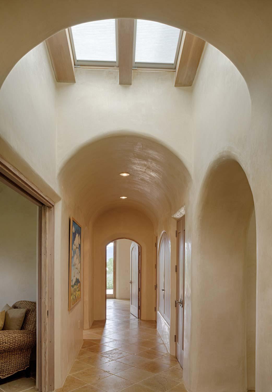 x_hallway.jpg