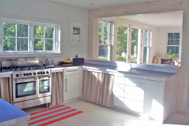 NH_House_KitchenB.jpg