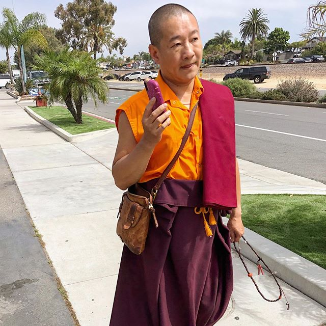 Passed this monk chatting on his smartphone today. I had to smile when he wasn't talking about spirituality...he was confirming his online order for a new pair of crocs. . . . . . . . . . . . #leucadia #leucadialife #leucadialove #encinitas #smartphone #surflife #surfer #spirituality #wellness #instagood #buddha #iphonephotography #iphonography