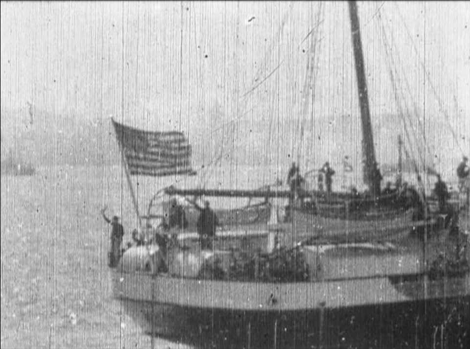 troop-ships-for-the-philippines.jpg