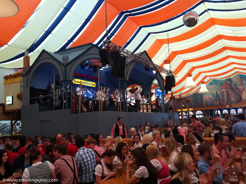 Canstatter-Volksfest-2.jpg