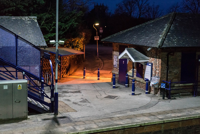 Cottingham station at 6:30 am. Looks more model than real.