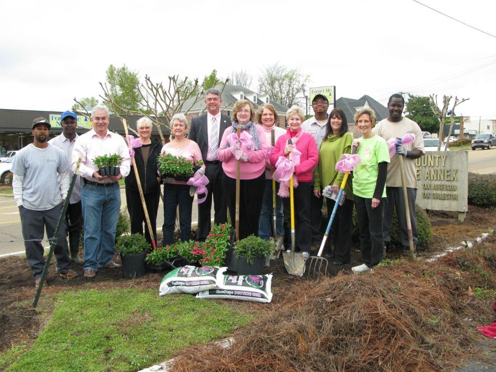 1 - 2013 April BGC Plant It Pink group.jpg