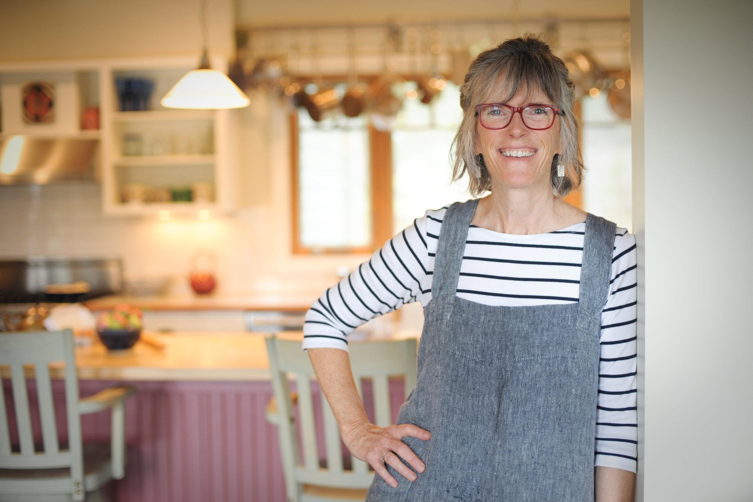 Alison Bell bio image 1.jpg