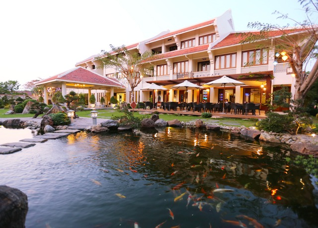 almanity hoi an resort.jpg