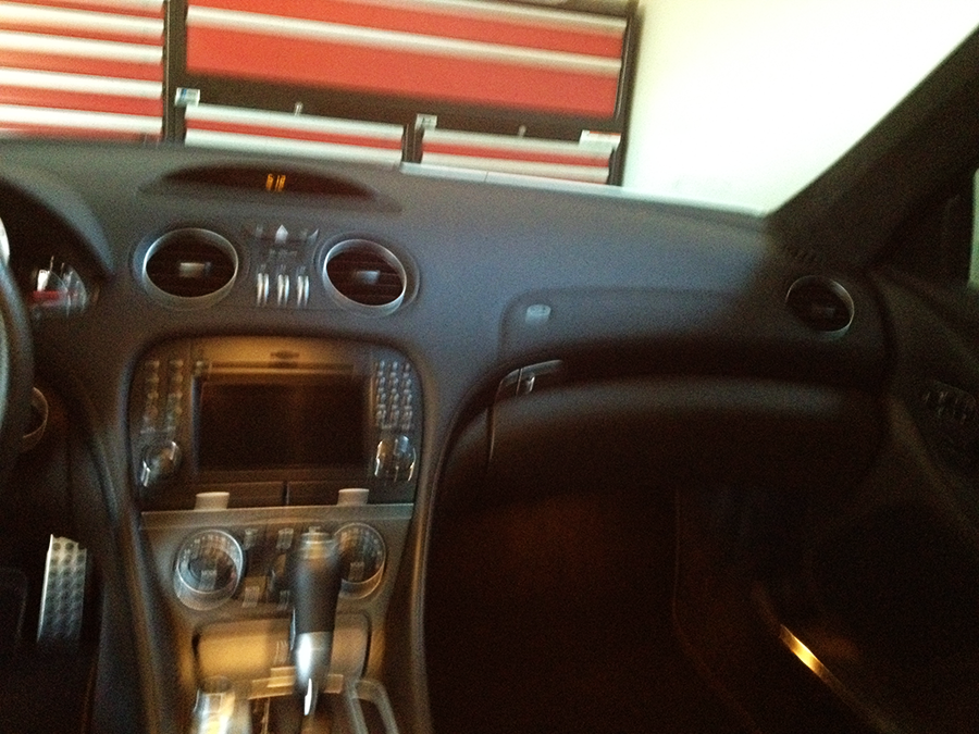 mercedes benz sl63 iwc edition interior (18).png