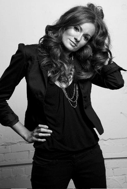 Shannon Schroeder, Stylist & Makeup Artist