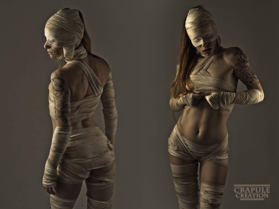 sexy_mummy_by_crapulecreation-d4tnjl4.jpg