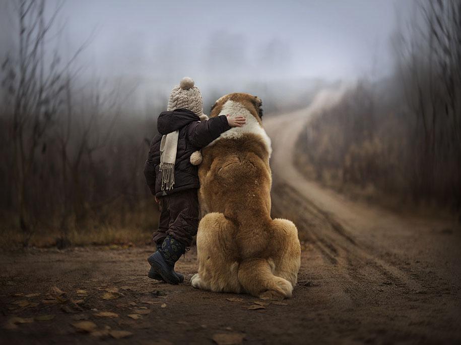 animal-children-photography-elena-shumilova-2.jpg