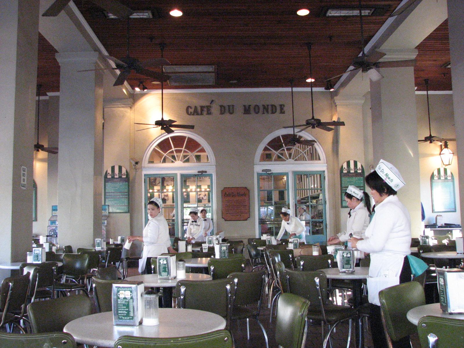 Cafe du Monde 2.JPG