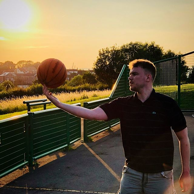 #Basketball #Sunset #Summer #GoldenHour #UK // 📷: @ikay247 #iPhone8Plus #ShotOniPhone