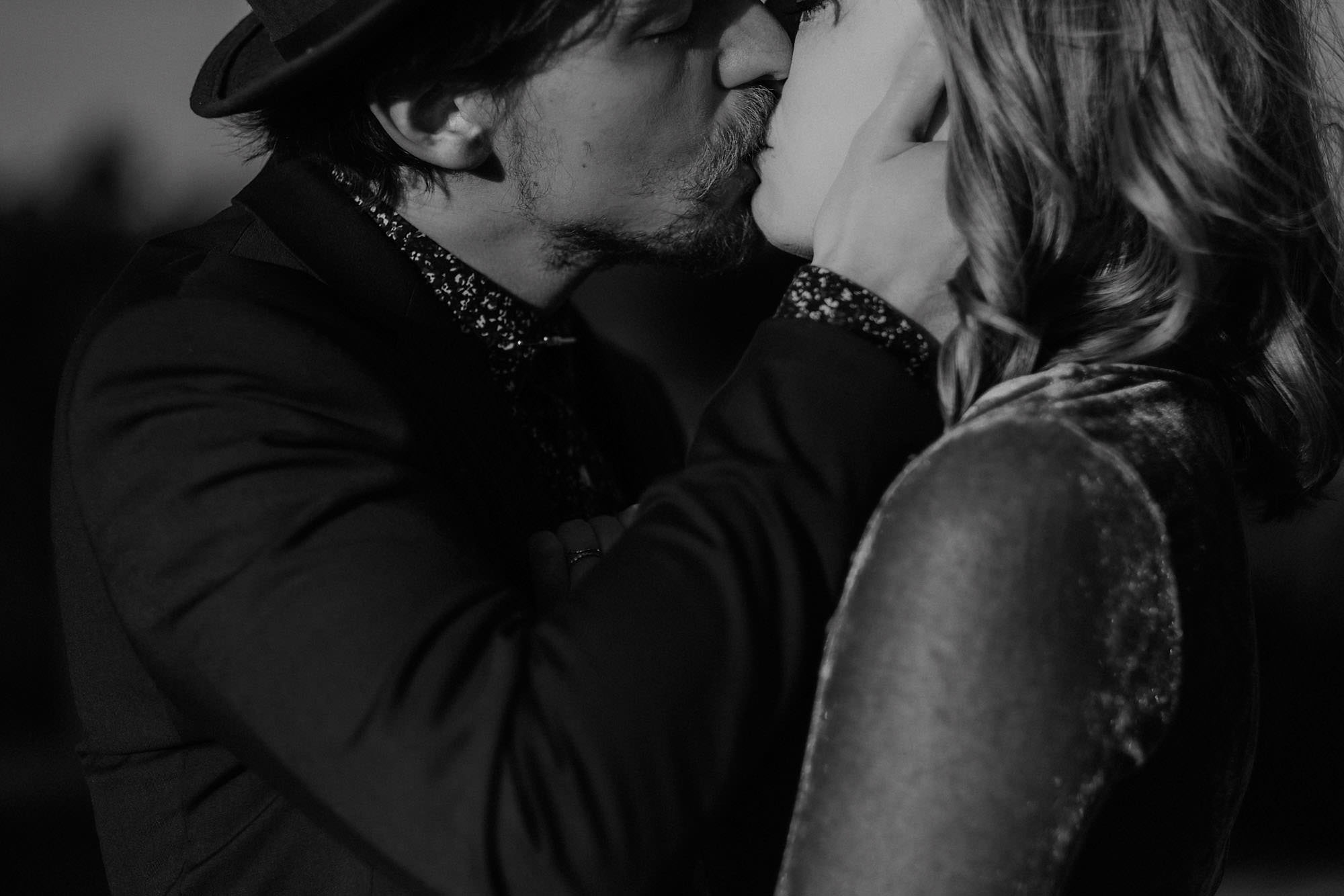 goult provence france elopement vow renewal couple kissing photo