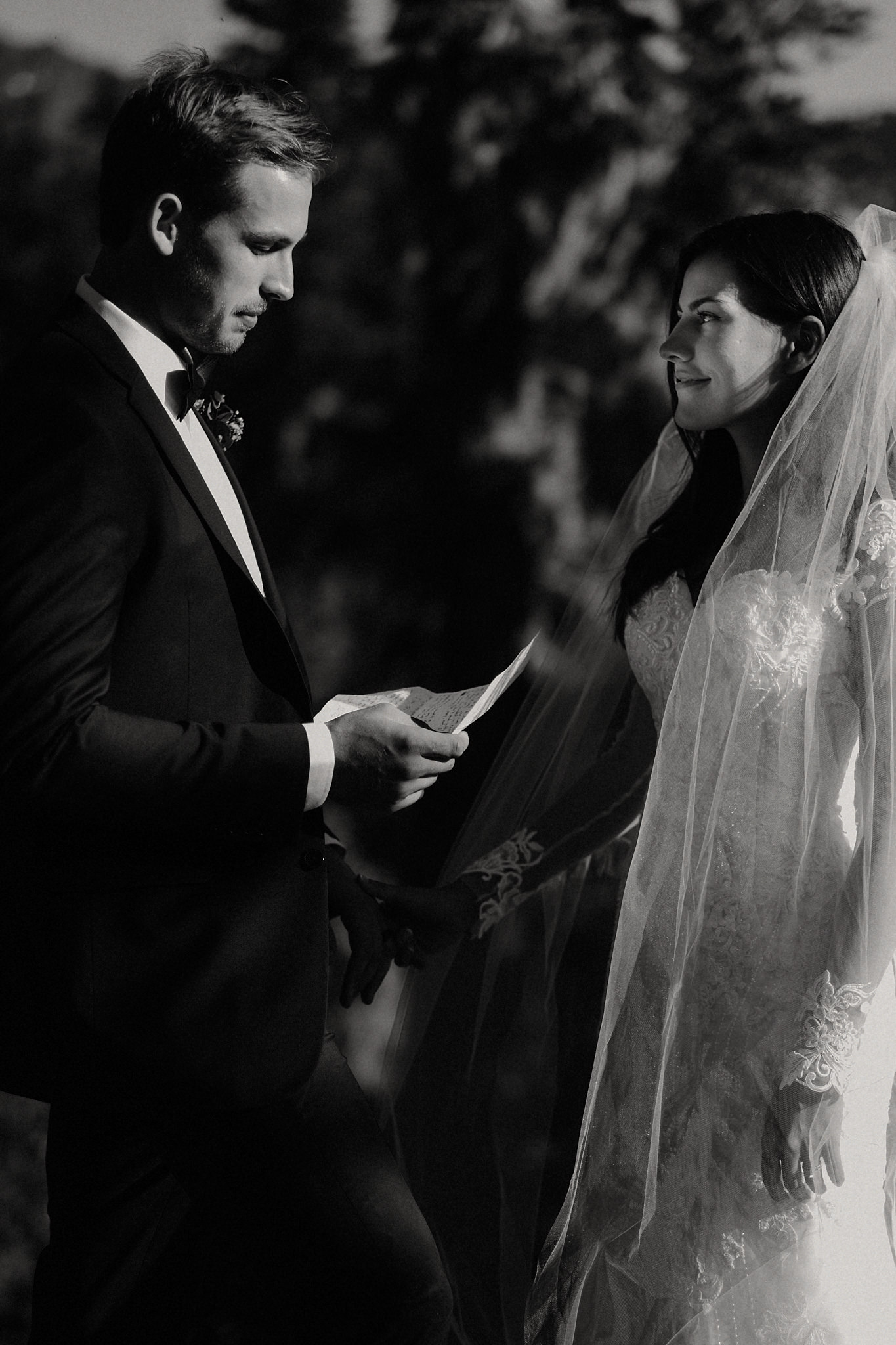 mindy-michael-cascade-mountains-elopement-wedding-24.jpg