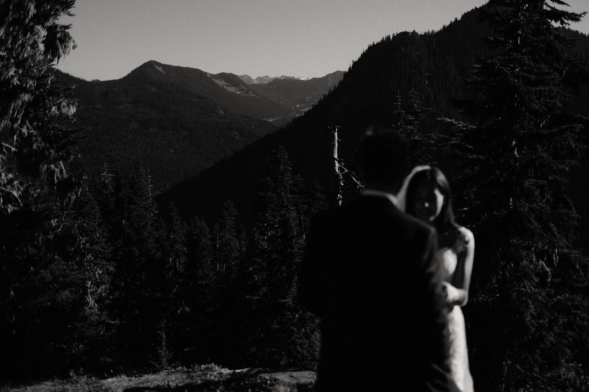 mindy-michael-cascade-mountains-elopement-wedding-30.jpg