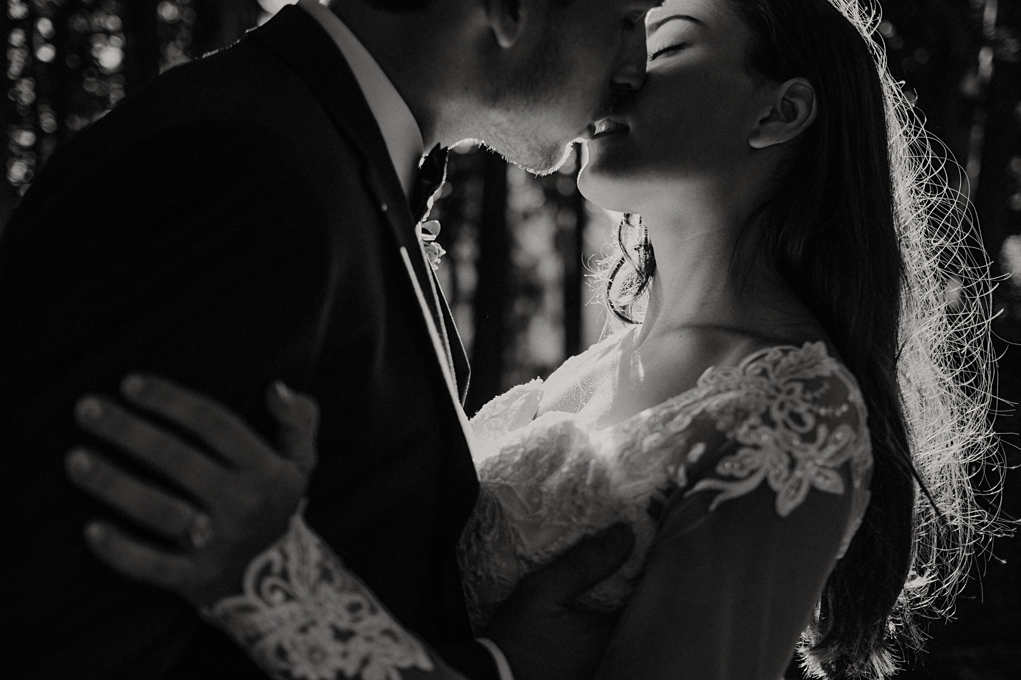mindy-michael-cascade-mountains-elopement-wedding-47.jpg