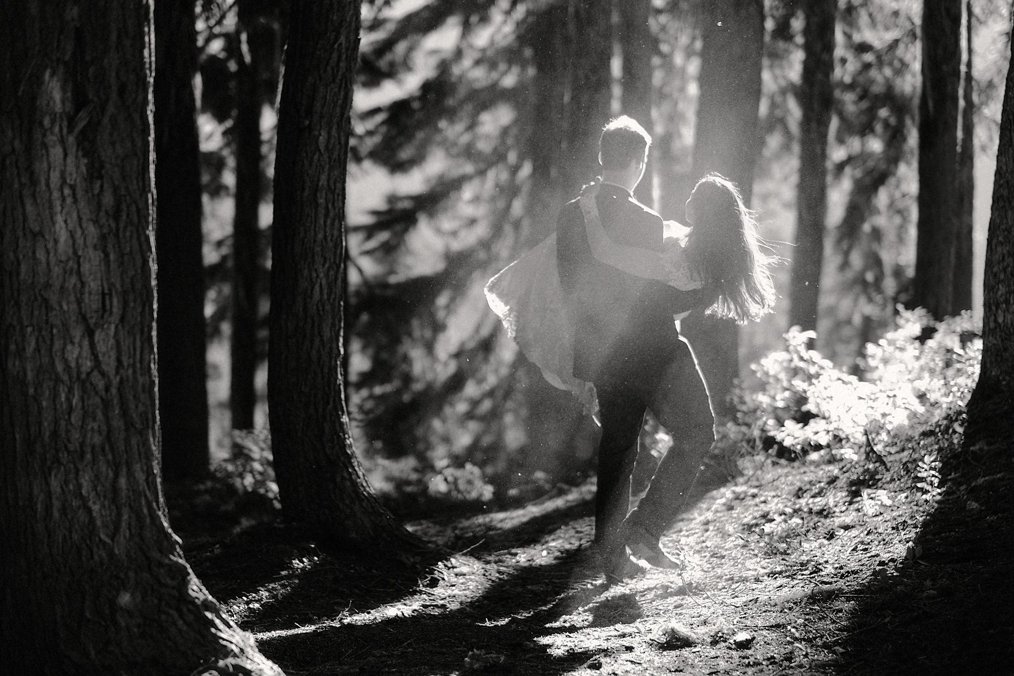 mindy-michael-cascade-mountains-elopement-wedding-49.jpg
