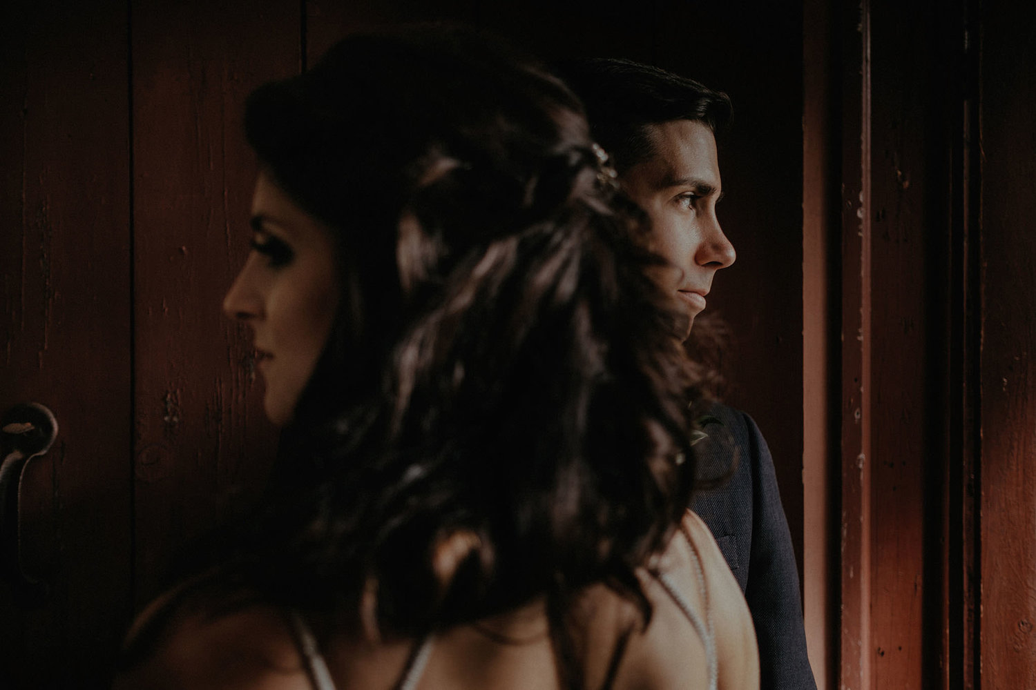 intimate wedding adventure elopement new jersey window couple portrait photo