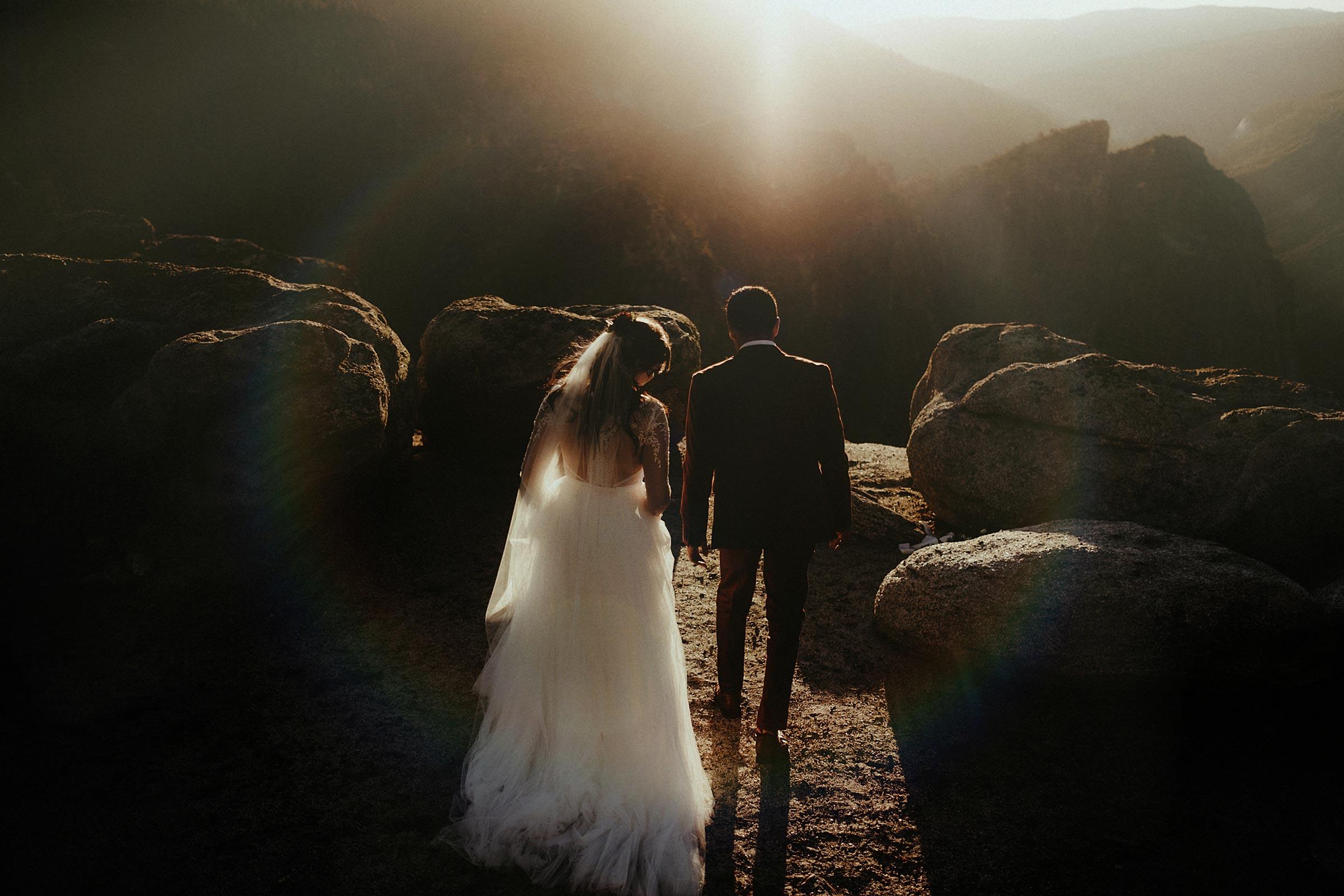 provence france adventure elopement wedding photographer goult windmill sunset