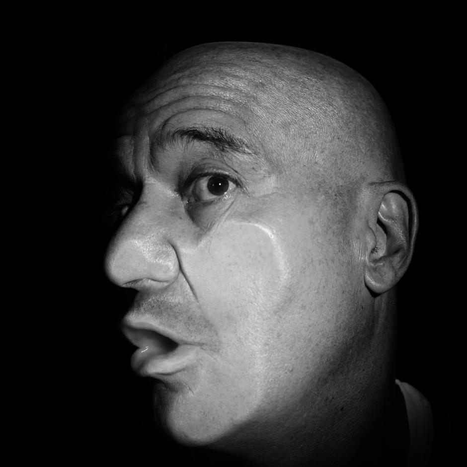 15. Claudio bisio(Extravolti).jpg