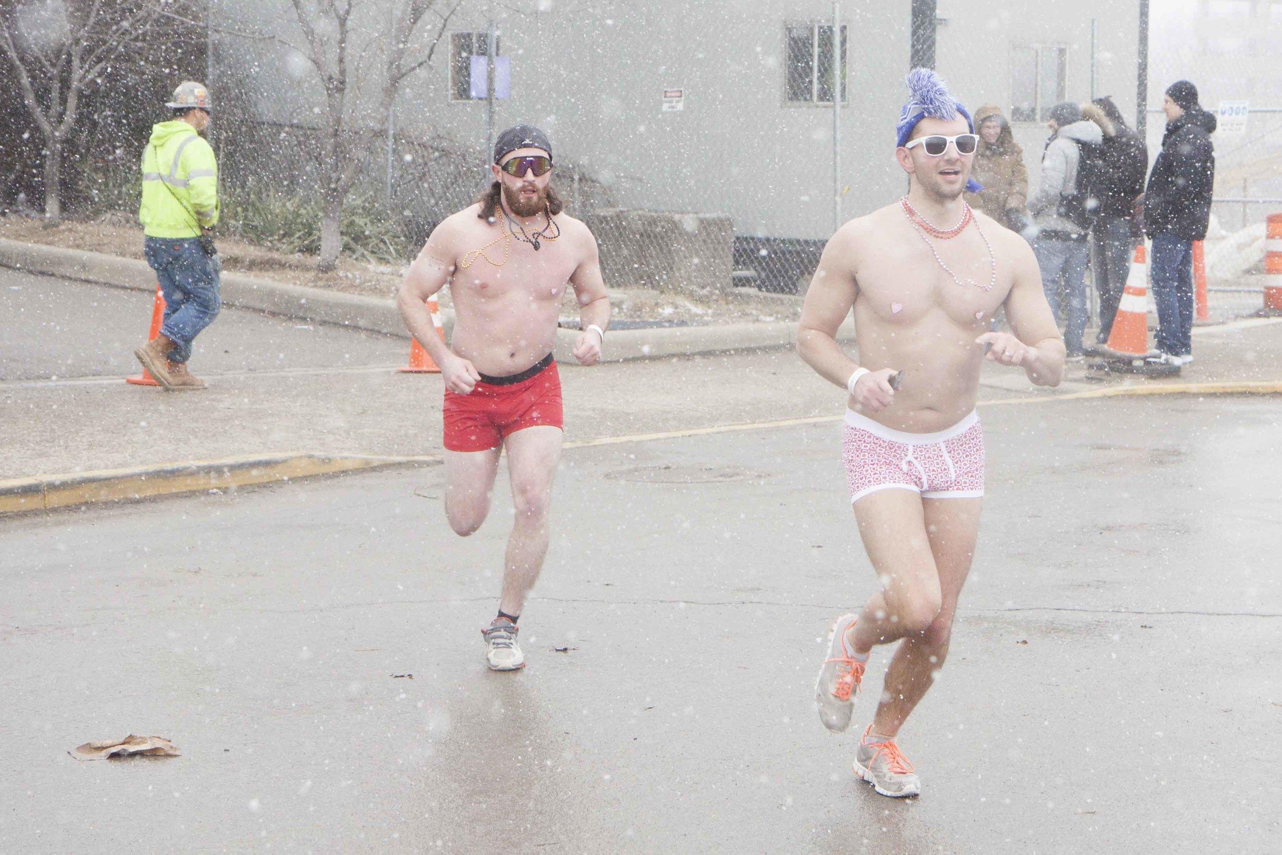 Cincinnati Cupid Undie Run 2015 - 24.jpg