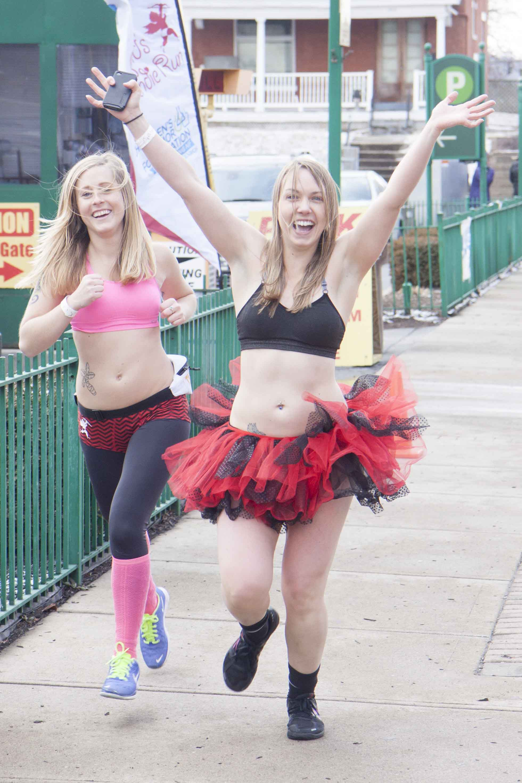 Cincinnati Cupid Undie Run 2015 - 40.jpg