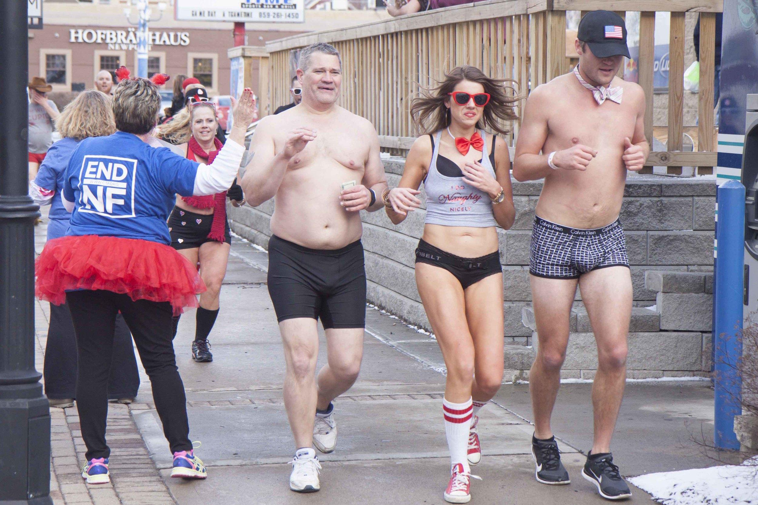 Cincinnati Cupid Undie Run 2015 - 41.jpg